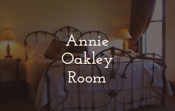 Annie Oakley Room